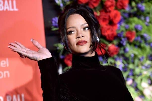 Rihanna xuất hiện tại một buổi party đặc biệt mới đây.