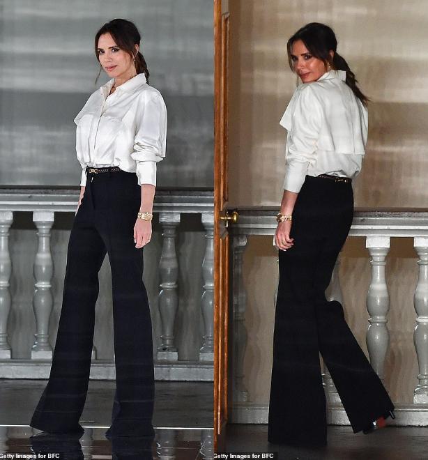 Dù thua lỗ, nợ nần thế nhưng Victoria Beckham cũng luôn kiên trì tổ chức show diễn thời trang đến với giới mộ điệu