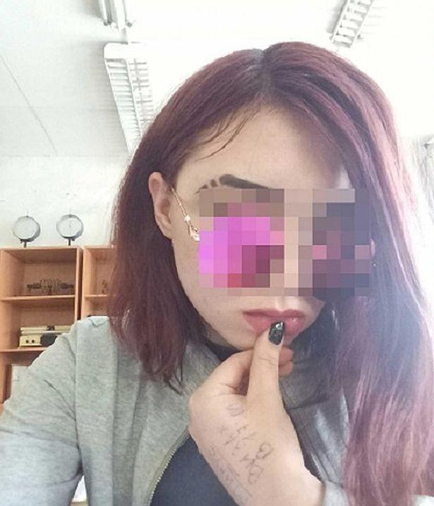 """Một trong hai nữ sinh bị nghi ngờ giết bạn vì bạn """"quá cuốn hút"""". Ảnh: Komsomolskaya Pravda / east2west news"""