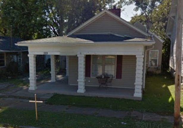 Căn nhà nơi xảy ra vụ án mạng kinh hoàng.
