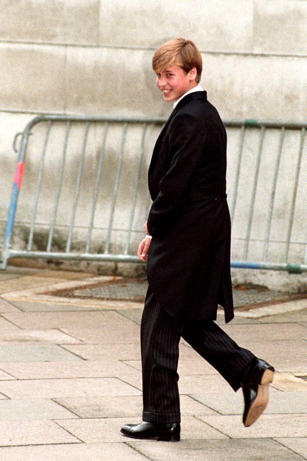 Hoàng tử William thuở còn theo học Eton College.