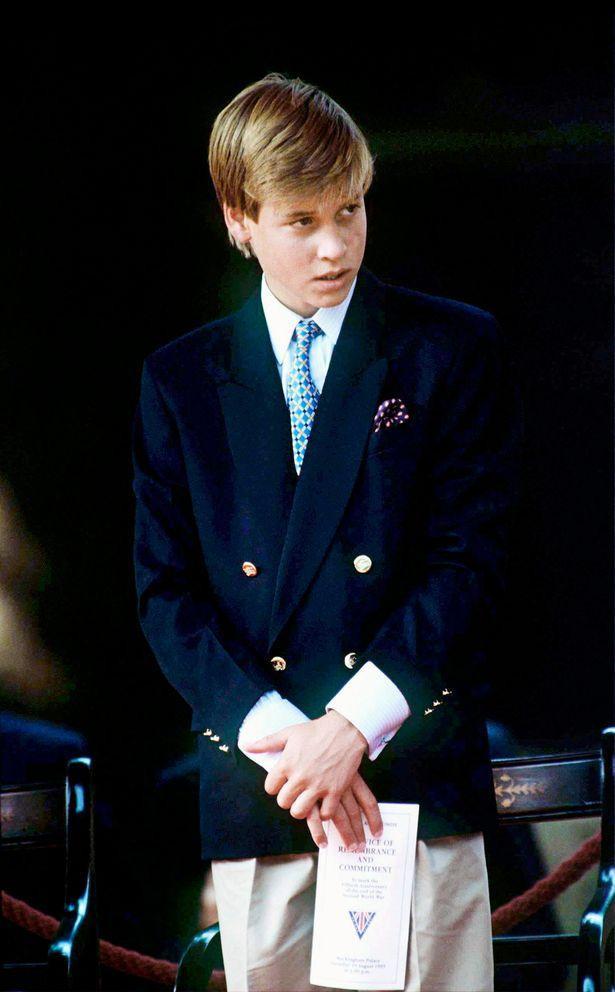 Hoàng tử William, khi ấy mới chỉ 14 tuổi, đã bị tổn thương vì những lời trêu cợt của bạn bè.