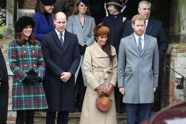 Các thành viên hoàng gia tại lễ mừng Giáng sinh năm 2017.
