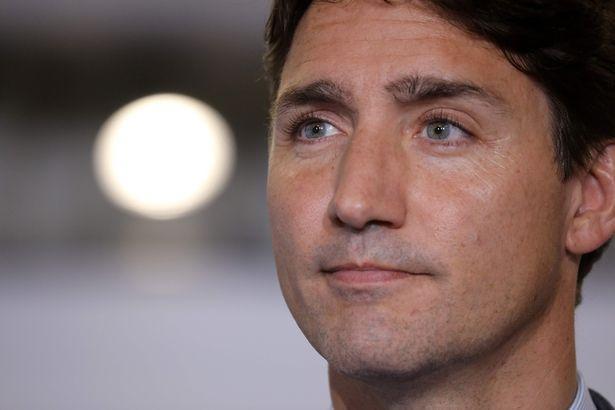 Báo chí đã cảnh báo Thủ tướng Trudeau về nguy cơ khi Harry và Meghan cư trú tại Canada.