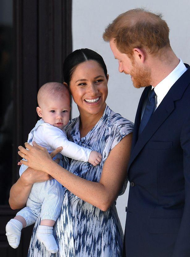 Cặp đôi dự định chuyển đến Canada, mang theo bé Archie.