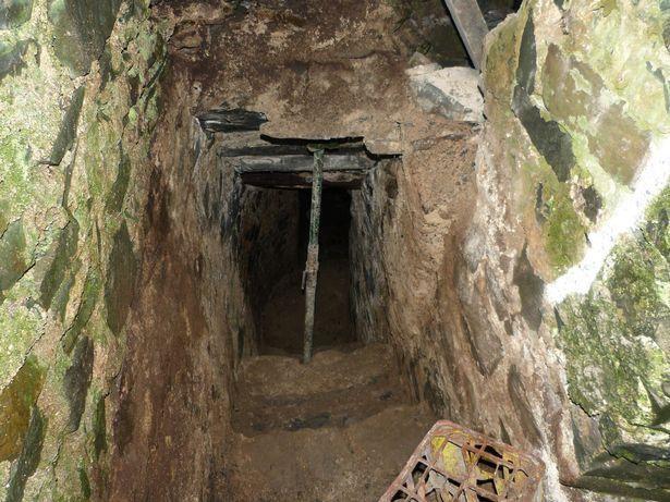 Căn phòng bí ẩn đóng kín suốt 500 năm.