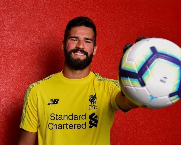 Thủ môn xuất sắc nhất là Elisson Becker của Liverpool.