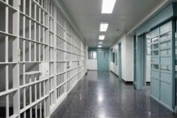 Thị trường tiềm năng nhất cho chiếc điện thoại này chính là nhà tù - nơi biệt lập các phạm nhân với thế giới bên ngoài.