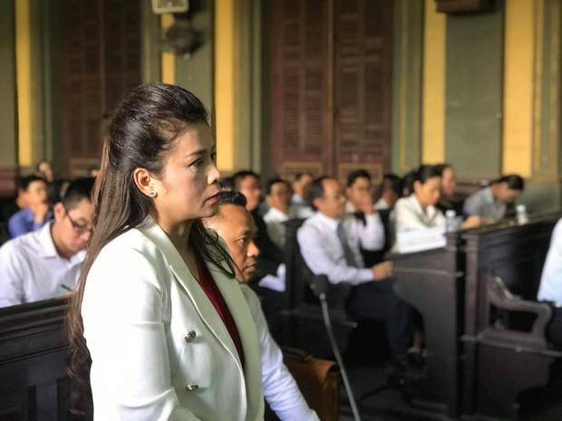 Bà Lê Hoàng Diệp Thảo trong phiên toà ly hôn