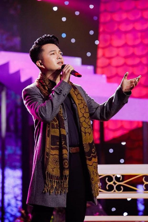 """Quán quân """"Ngưởi kể chuyện tình"""" 2018 – ca sĩ Nam Cường"""