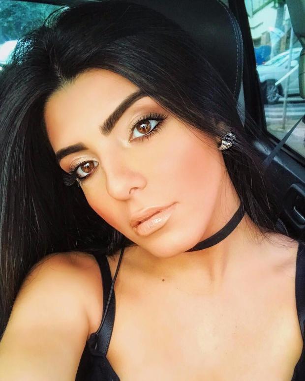 Larissa Saad xuất thân là một người mẫu khá nổi tiếng.