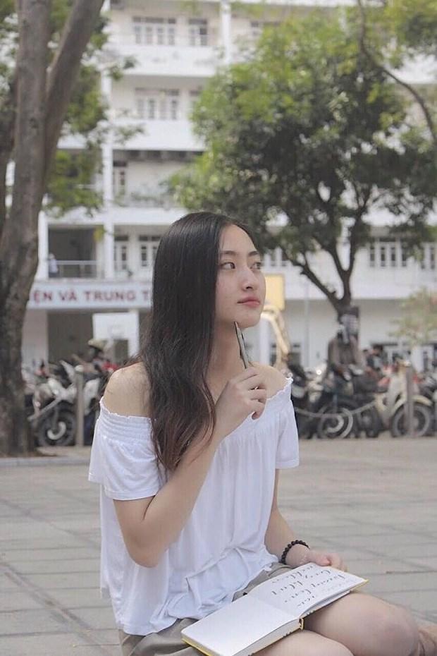 Soi trình độ học vấn của Tân Hoa hậu Lương Thùy Linh: Là sinh viên giỏi của ĐH Ngoại thương, IELTS 7.5 ảnh 5