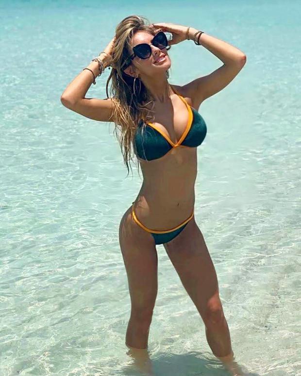 Cô nàng hiện là một nhà báo thể thao nổi tiếng trên một số kênh truyền hình nước Ý.