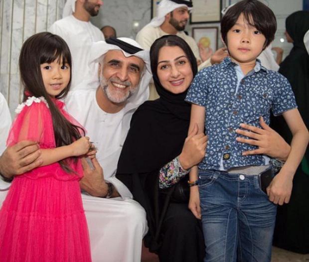 Nhan sắc hiện tại gây ngỡ ngàng của bé gái đáng yêu đến nỗi từng được đại gia Dubai mời sang sinh sống, bao ăn ở ảnh 4