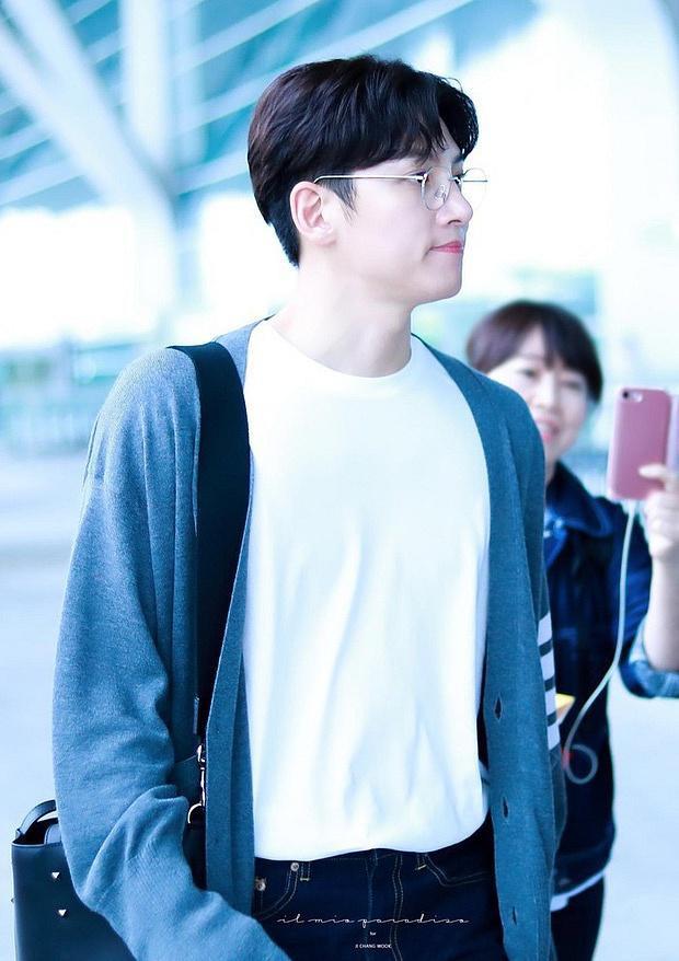 Nhiều nguồn tin cho hay, Ji Chang Wook cũng đã ra thẳng sân bay trở về nước.