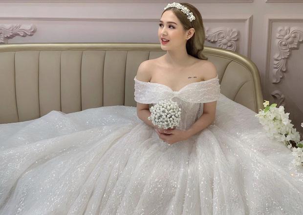 """Vợ sắp cưới """"streamer giàu nhất Việt Nam"""" xinh đẹp hút hồn trong chiếc váy cưới"""