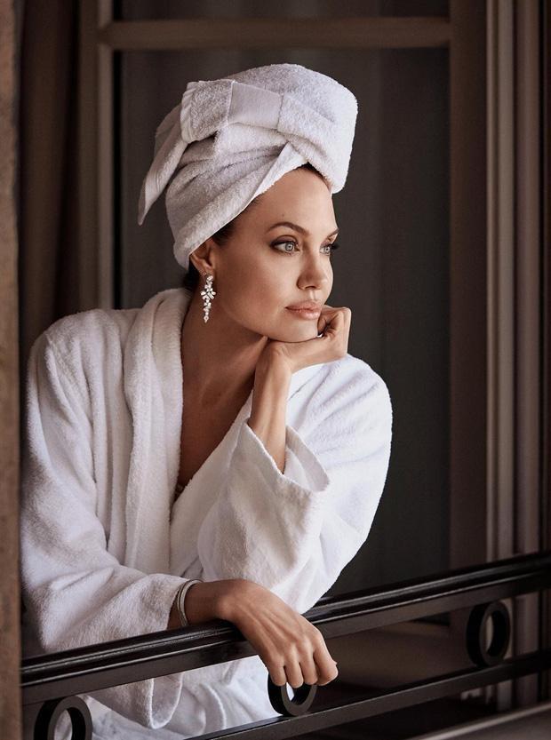 Không chỉ được đánh giá là rất hợp với vai này, Angelina Jolie cònđược các fan Marvel ủng hộ hết mình khi gia nhập vũ trụ điện ảnh Marvel