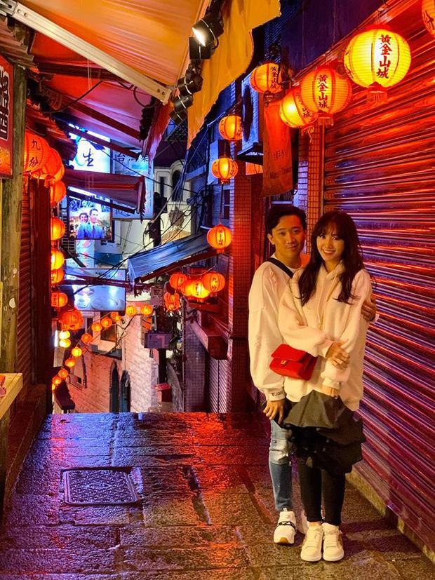 Hết Hàn Quốc đến Đài Loan, Trấn Thành – Hari Won khoe ảnh du lịch ngọt ngào như thuở mới yêu khiến ai cũng trầm trồ