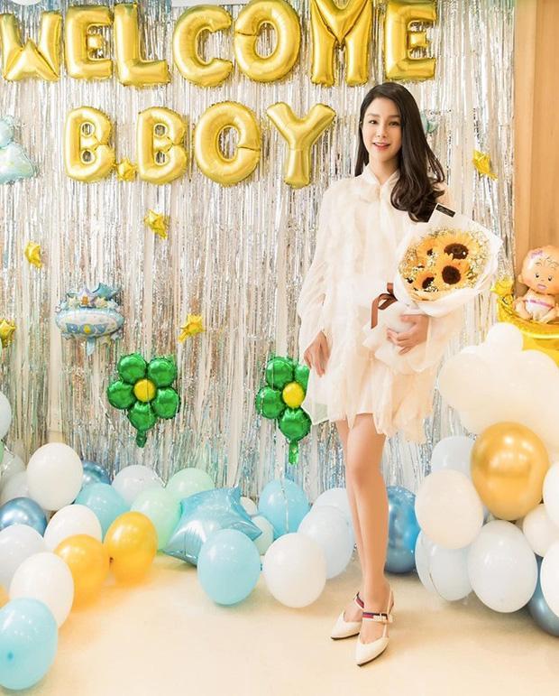 Diệp Lâm Anh điệu đà, sang chảnh sau sinh Trầm trồ vì nhan sắc như gái chưa chồng của các mỹ nhân Việt sau sinh con