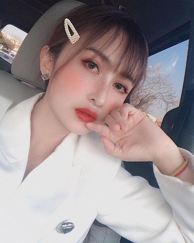 Mina Phạm sở hữu ngoại hình như gái đôi mươi.