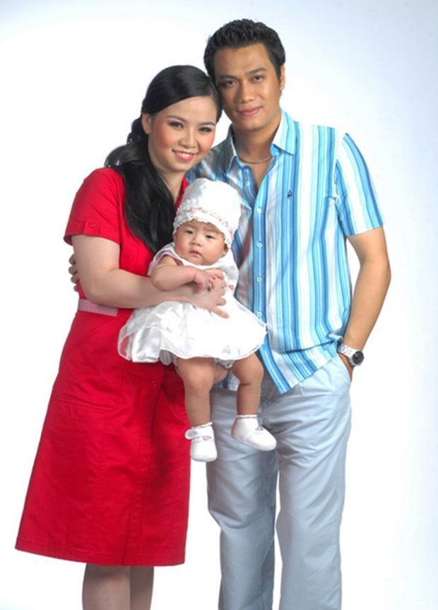 Việt Anh cùng người vợ thứ nhất và con gái, gần đây nam diễn viên khiến nhiều người bất ngờ khi tiết lộ mình đã không được gặp con gái sau 10 năm ly hôn