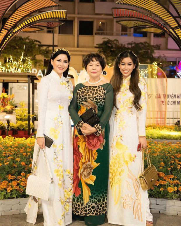 Đẳng cấp nhan sắc của 3 thế hệ nhà rich kid Tiên Nguyễn