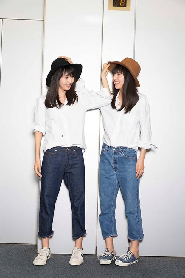 Sơmi đóng thùng trong boyfriend jeans kết hợp cùng converse quả là 1 lựa chọn khá thú vị. Phụ kiện là mũ fedora giúp set đồ hoàn thiện và trông chất hơn