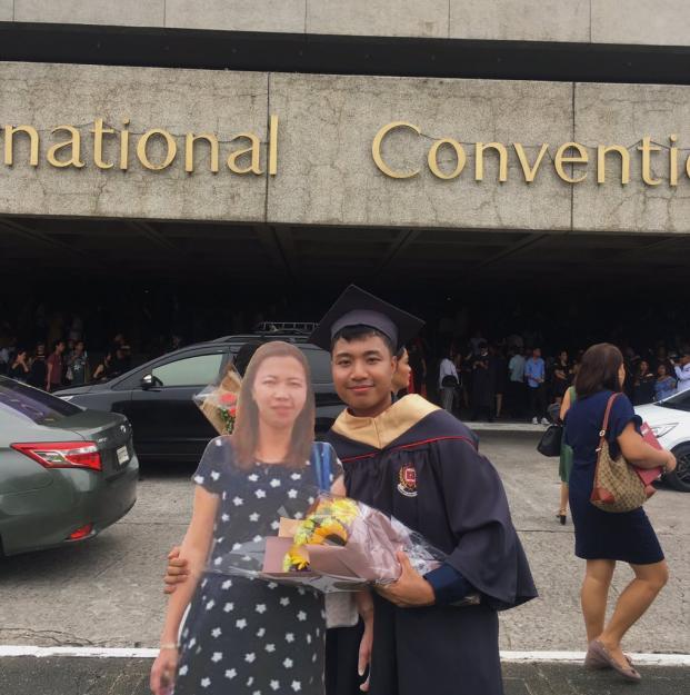 Câu chuyện của nam sinh đến từ Philippines này đã chạm đến trái tim của rất nhiều người