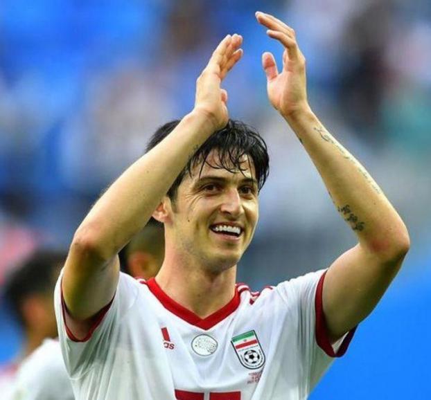 Sardar Azmoun- cầu thủ điển trai được dân mạng truy lùng