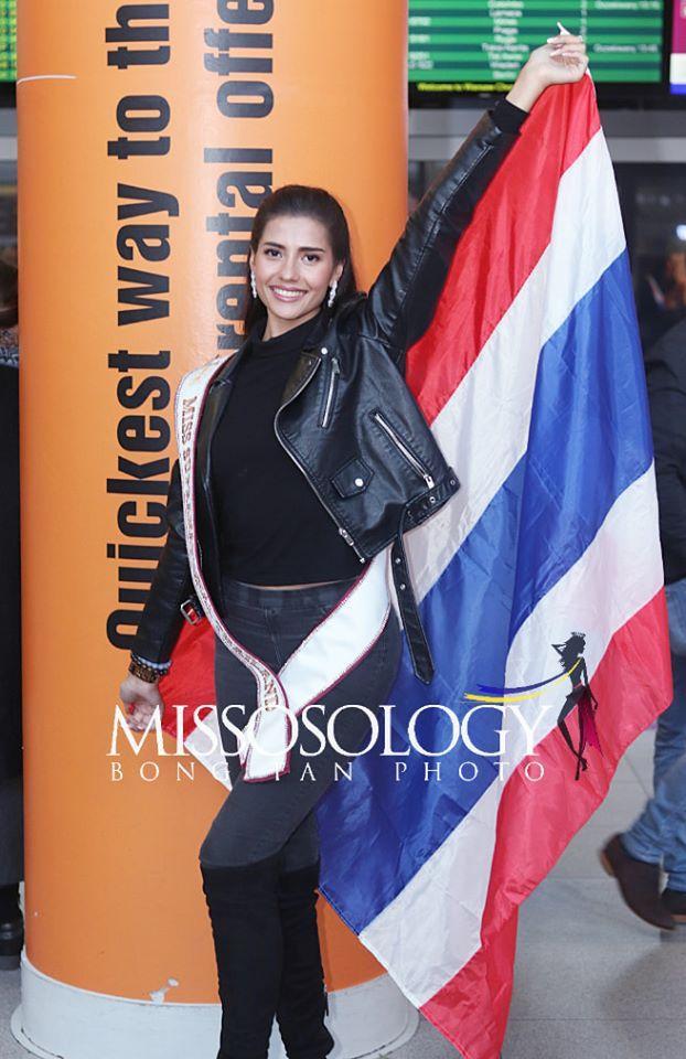 Đại diện Thái Lan cũng diện cả cây đen. Cô từng lọt top 10 The Face Thái Lan mùa đầu tiên và hiện đang được đánh giá rất cao.