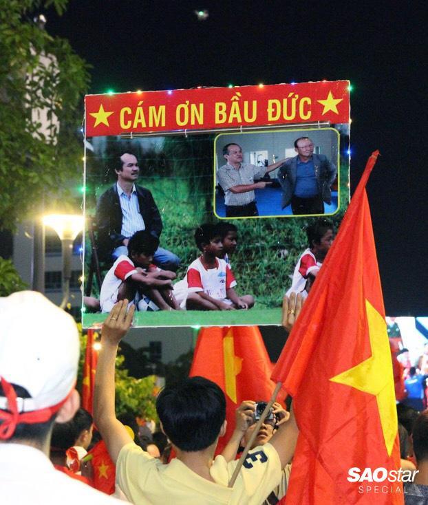 Cảm ơn bầu Đức – người đưa đò thầm lặng của bóng đá Việt Nam.