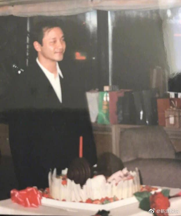 Mượn ca từ Chỉ nguyện người dài lâu, Đường Hạc Đức chúc mừng sinh nhật Trương Quốc Vinh tuổi 63 ảnh 4