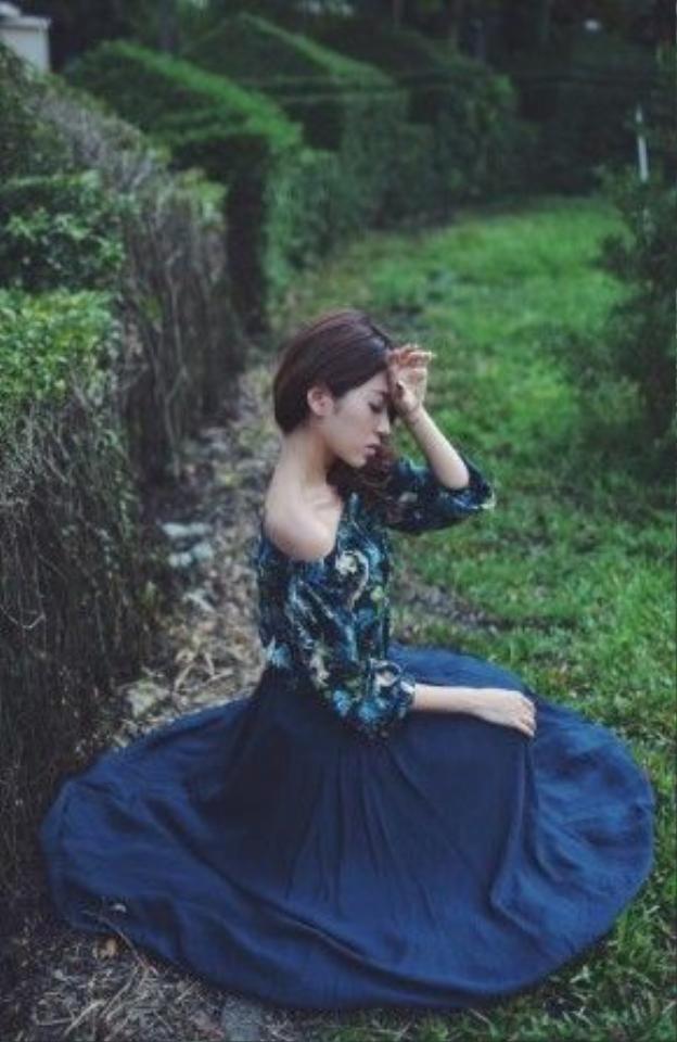 Vừa trở về sau chuyến du lịch dài hạn tại nước ngoài, Yumi hứa hẹn sẽ gây nên cơn bão với phong trào The power of make up này.