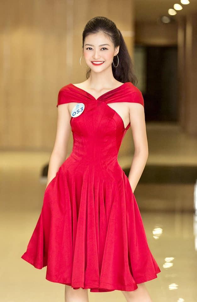 Miss World Vietnam 2019: Hoa hậu và Á hậu 2 khoá facebook, và đây là chân dung Á hậu 1 ảnh 2