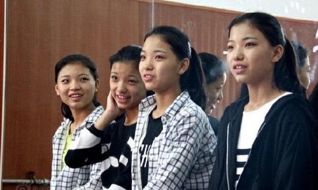 Cung đấu xuất hiện trong Thanh xuân có bạn 2: 4 chị em sinh tự bỏ phiếu cho vị trí center, ảnh cũ khiến người xem hoảng hồn ảnh 14