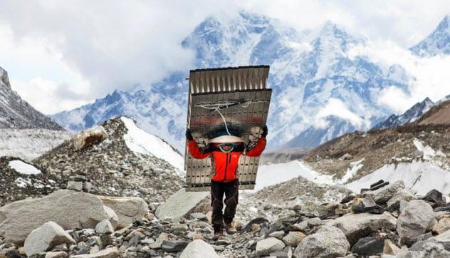 Sherpa - nững siêu nhân leo núi. Ảnh: Listverse