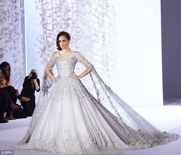Meghan Markle sẽ mặc váy 3 tỷ trong lễ cưới vào tháng 5 tới?