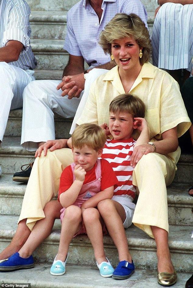 Công nương Diana và hai con trai. Ảnh: Getty