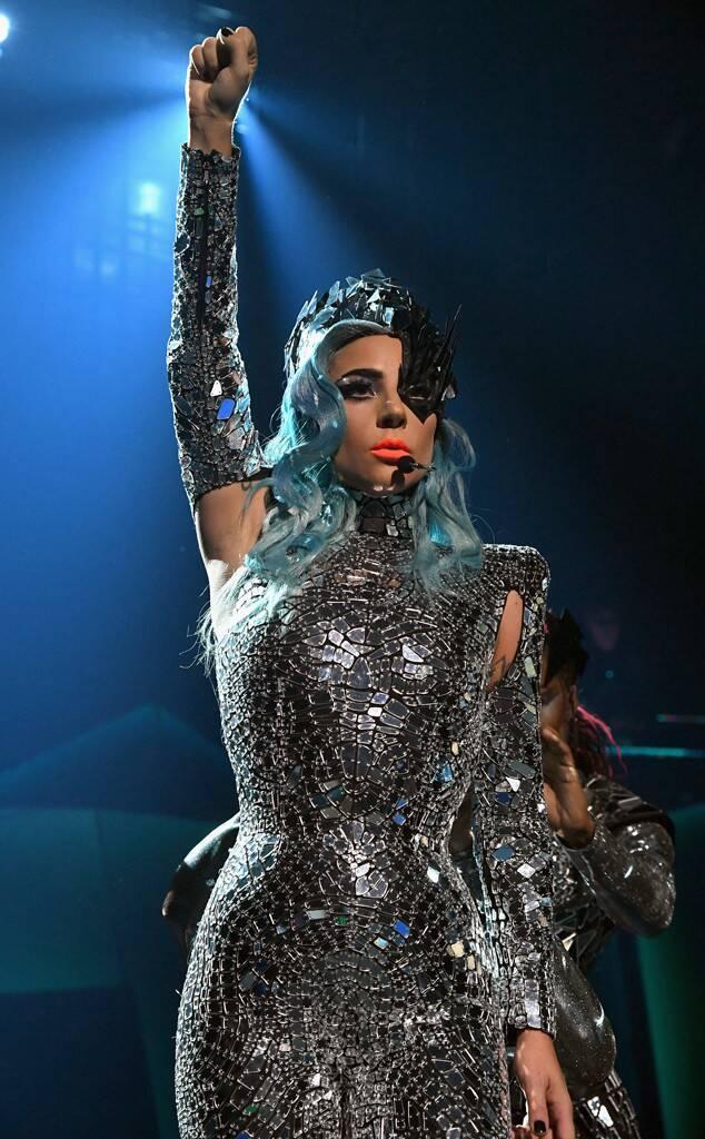 Lady Gaga xứng đáng là cái tên kế tiếp xây dựng lại nền nhạc pop sau những nhân vật huyền thoại.