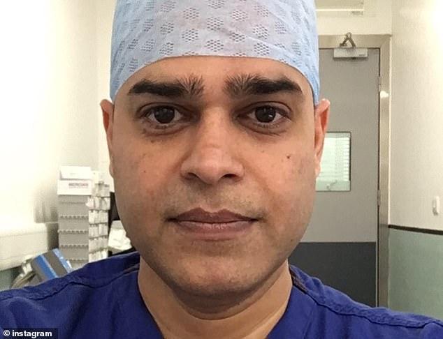 Hình ảnh bác sĩ Manish Sinha, người thực hiện phẫu thuật cho Harvey.