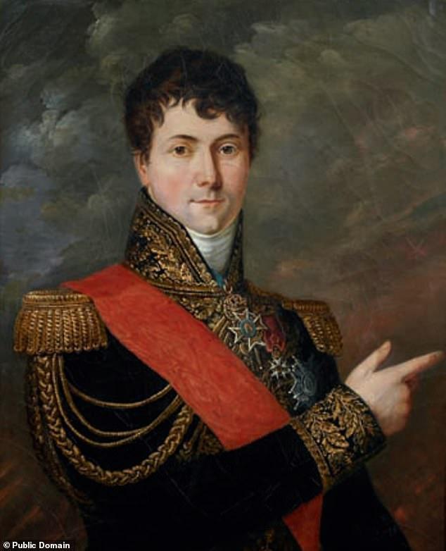 """Charles Gabriel César Gudin là vị """"hổ tướng"""" đắc lực nhất của Napoleon. Ông mất vì bị trúng đạn vào ngày 19/8/1812, nhưng tung tích về thi thể của ông đã là một bí ẩn trong suốt gần 2 thế kỷ."""