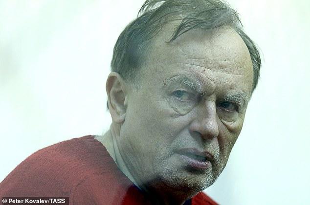 Oleg Sokolov xuất hiện tại tòa.
