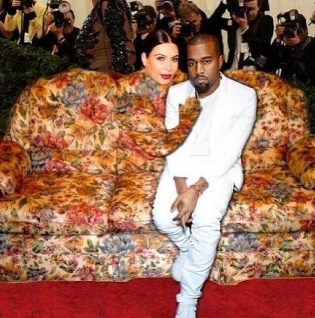 'Cứng' như Kim Kardashian cũng có lúc khóc hết nước mắt khi tham dự Met Gala 2013 ảnh 4