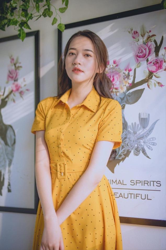 Hiện tại, bên cạnh làm mẫu ảnh, 9X Bắc Ninh còn kinh doanh online. Cô sở hữu hàng nghìn lượt theo dõi trên trang cá nhân.