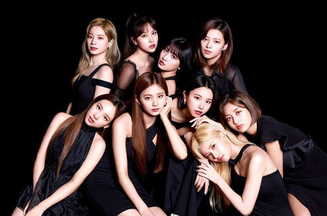 Nhóm Twice xuất sắc dẫn đầu top 10 girlgroup bán được nhiều album nhất 2019 theo Gaon.