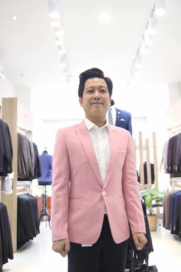 Trường Giang lấy vợ xong là thời trang lên tầm cao mới, có những bộ ít ai dám diện ảnh 5