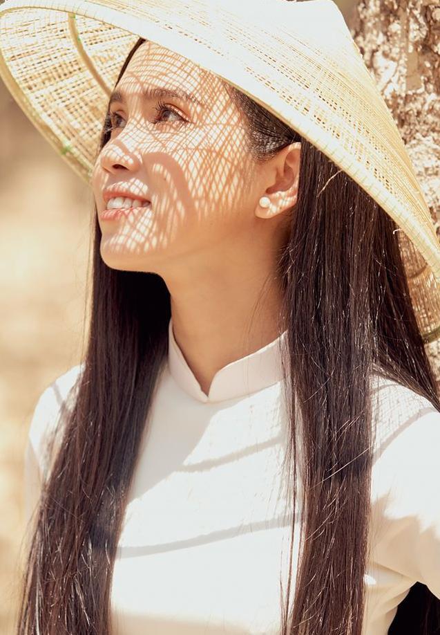 Nhân Ngày của mẹ, dàn     hotgirl Việt xúc động trải lòng: Dù có đi xa hay mệt mỏi tới đâu, chỉ cần về nhà với mẹ sẽ bình yên! ảnh     14