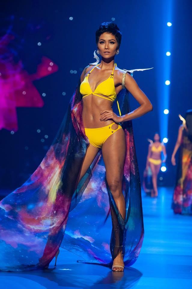 Lần đầu tiên Việt Nam có một đại diện góp mặt trong phần thi áo tắm ở Miss Universe. Và cũng là lần đầu tiên Việt Nam có một cái tên được chuyên trang sắc đẹp Missosology vinh danh ở hạng mục The Best in Swimsuit năm 2018.