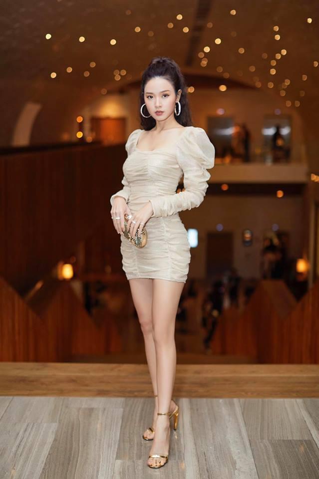 Vẻ đẹp quyến rũ và ngày càng trưởng thành của nữ diễn viên ở tuổi 29.