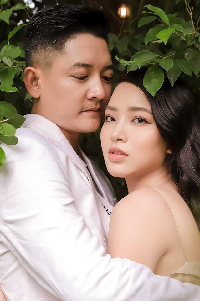 Kỉ niệm 3 năm ngày cưới, Thành Đạt dành tặng điều ngọt ngào này cho Hải Băng ảnh 0